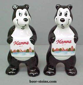 2001 Hamms Beer Viking Football Bears Salt and Pepper Set Made in Japan